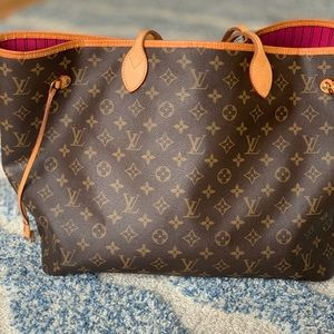 Authentic used Neverfull Gm.